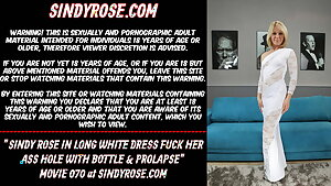 Sindy Rose in lengthy milky dress fuck her rear entrance with bottle