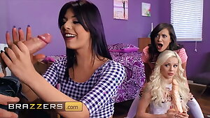 Gorgeous Gina Valentina, Gia Paige and Elsa Jean. Mouth and Pussy