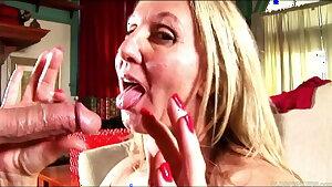 Sexy mature chick in stockings gargles & fucks for a facial jizz flow cumshot
