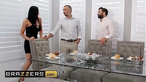 Real Wife Stories - (Audrey Bitoni, Keiran Lee) - Unfinished Biz - Brazzers