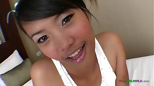 18yo cutie Thai teenager fucked by foreign dude