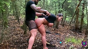 Latina bounces her big ass on a dick after quick stop of hiking
