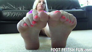 My stinky feet need a good thorough cleaning